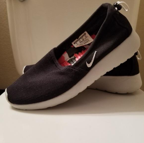 Nike Shoes | Nike Womens Flats | Poshmark